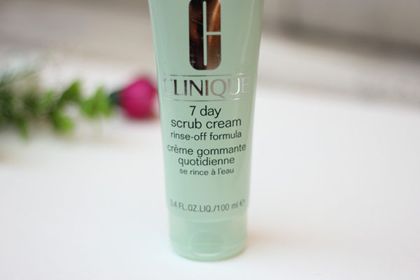Kem Tẩy Tế Bào Chết Clinique 7 Day Scrub Cream Rinse-Off Formula 100ML