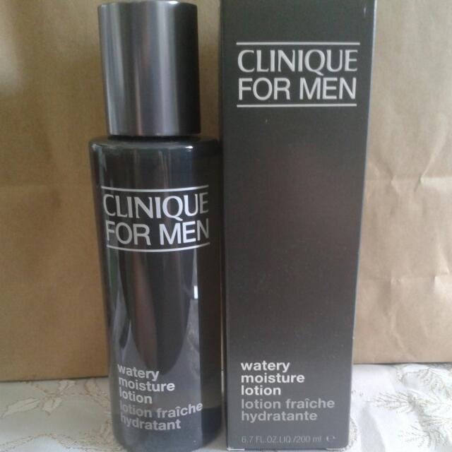 Tinh chất nước cân bằng trong suốt , dịu nhẹ cho mọi loại da, dưỡng ẩm da dành cho nam giới