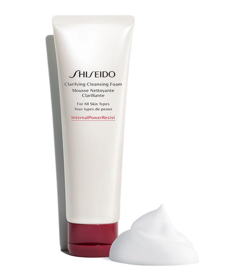 Sữa rửa mặt tẩy da chết Shiseido Clarifying Cleansing Foam 125ML