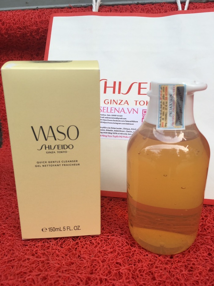 Gel rửa mặt sánh mịn Shiseido Waso Quick Gentle Cleanser giúp loại bỏbụi bẩn và lớp trang điểm trên da một cách dịu nhẹ, kết hợp cùng công công thức có chứa mật ong và sữa ong chúa giúp duy trì độẩm hoàn hảo cho da.