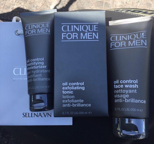 Bộ chăm sóc da Nam Giới có làn Da Dầu Clinique For Men Oil Control bao gồm: sửa rửa mặt, tonic thanh tẩy và kem dưỡng ẩm