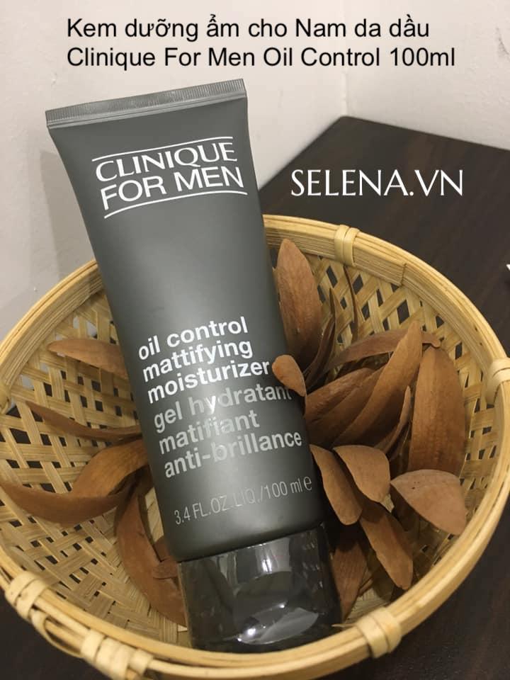 Kem dưỡng ẩm dành cho Nam Giới da dầu có công thức dịu nhẹ cung cấp độ ẩm cả ngày cùng với các thành phần tăng cường độ săn chắc da.