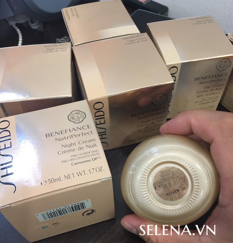 Kem dưỡng da Shiseido tăng cường chống lão hoá từ bên trong cho làn da trưởng thành bị ảnh hưởng bởi sự thay đổi nội tiết tố.