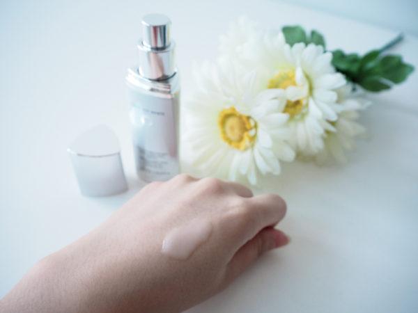 Tinh chất trị nám Estée Lauder Cresent White Full Cycle Brightening Spot Correcting Essence 30ml