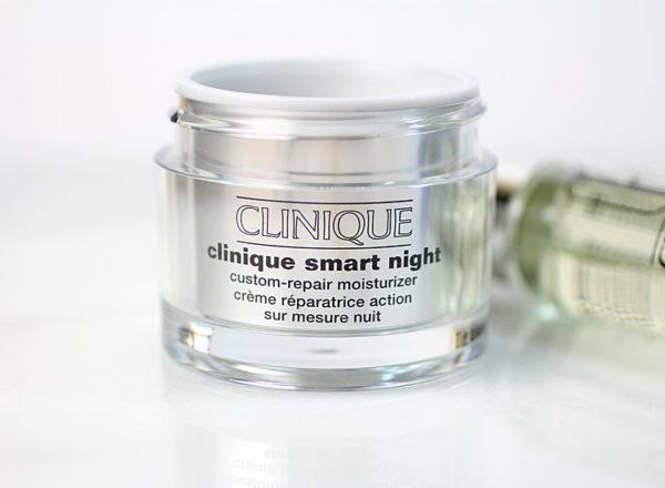 Kem dưỡng ban đêm Clinique Smart Night Custom-Repair Moisturizer 50ML