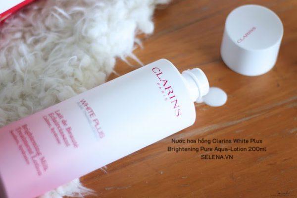 Nước hoa hồng Clarins White Plus Brightening Pure Aqua-Lotion 200ml